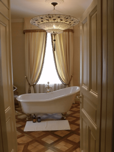luxury_villa_zurich_bathroom