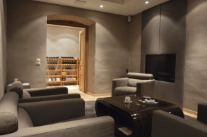 luxury_villa_zurich_cigar_room 2